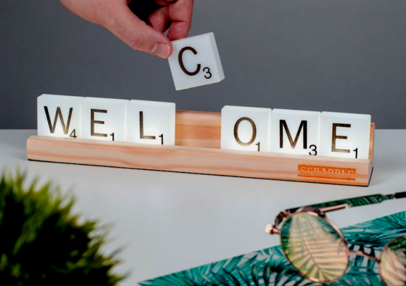 Lumini Scrabble -- Mult mai distractive decat jocul image