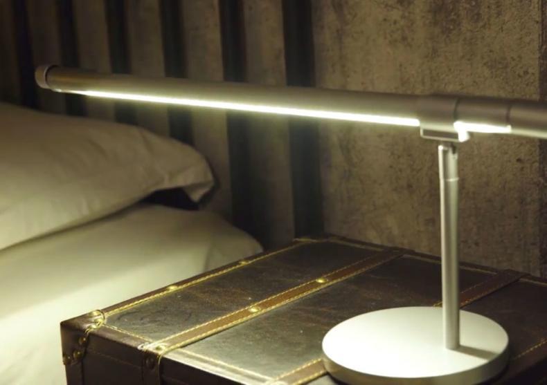Lightstrip -- touch, gliseaza, regleaza image