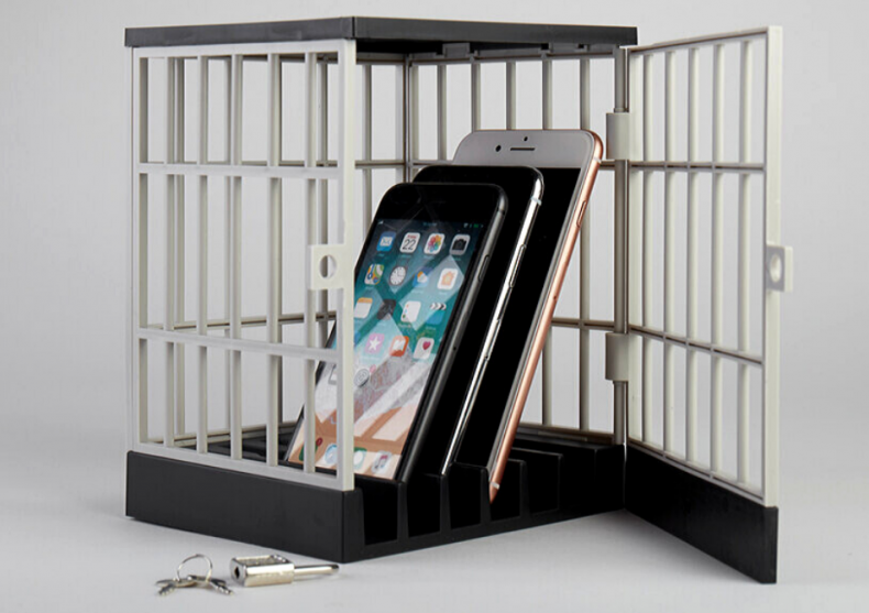 Phone jail -- inchide-l! image