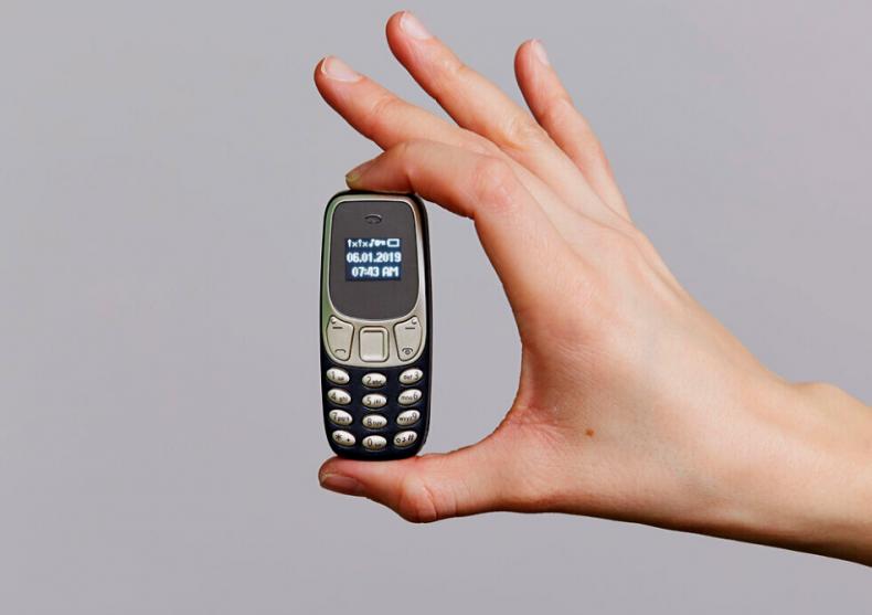 Telefon mini dual Sim -- desprins din liliput image