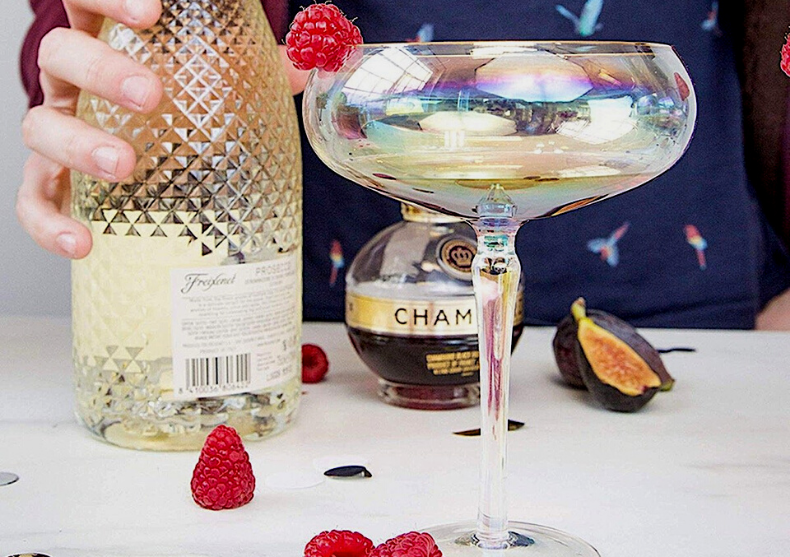 Pahare rainbow Martini -- dry?  image