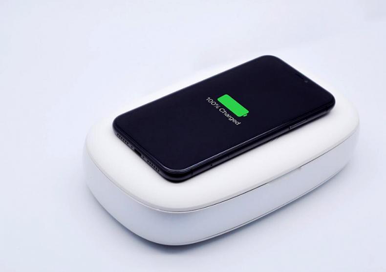 Incarcator Wireless si Sterilizator -- obiecte esentiale dezinfectate cu UV image