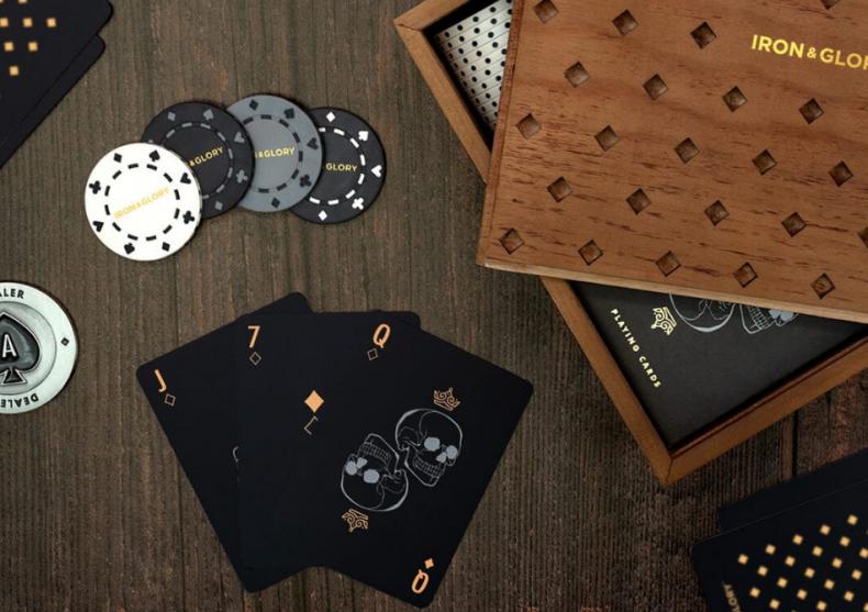 Dead Man's Hand -- set poker Iron & glory.  image