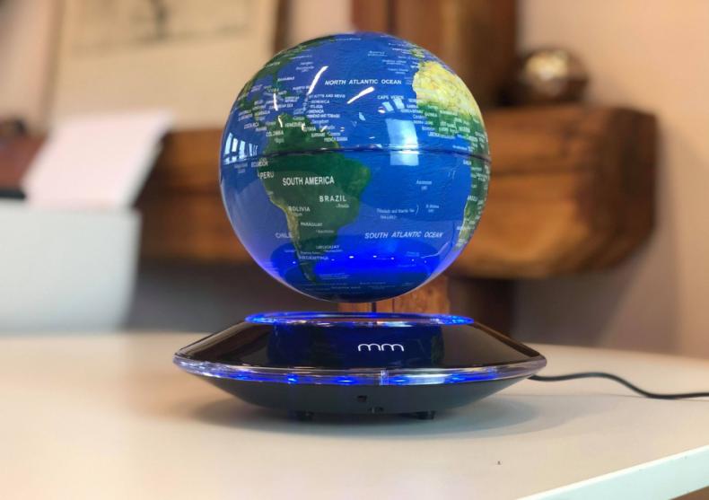 Glob Levitant XXL -- fii stapanul Terrei image