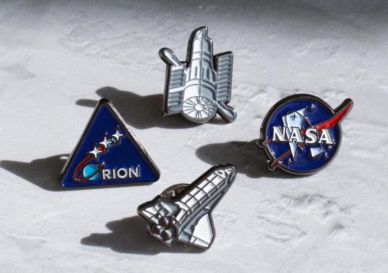 Set insigne NASA -- Racheta, satelit, embleme image