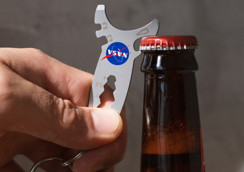 Unealta NASA 10-in-1 -- racheta de buzunar image
