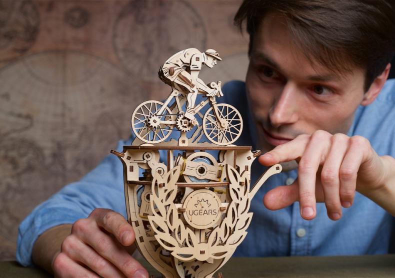 Ciclist Automat -- pedaleaza spre victorie image