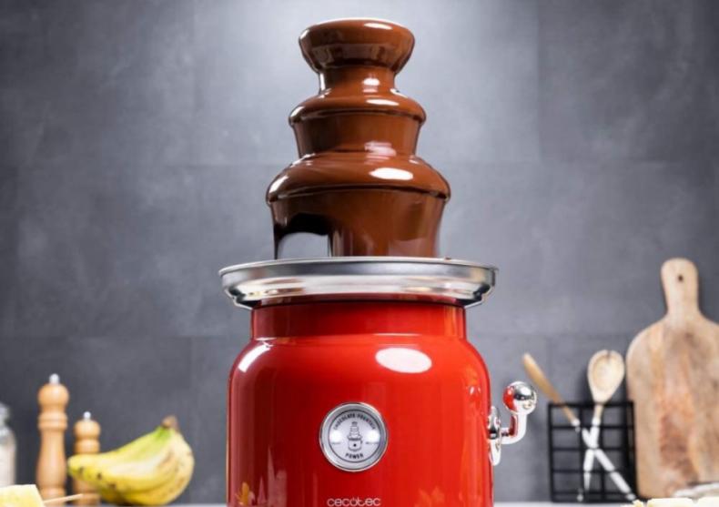 Fantana de ciocolata Chocolicious -- deliciul unui eveniment image