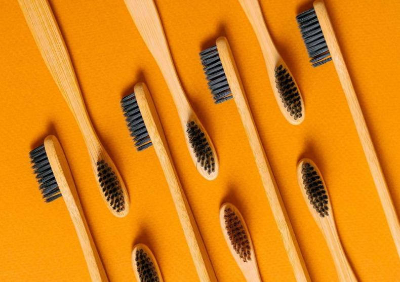 Periuta de dinti din bambus ECO CLEAN -- smile design image