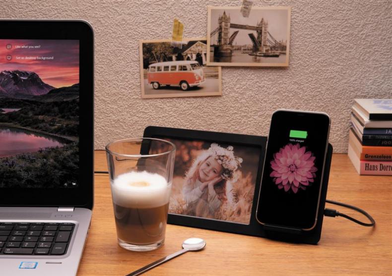 Incarcator wireless rama foto -- stand de birou cu rama foto  image