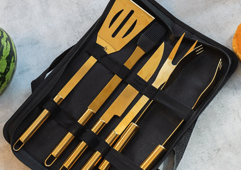 Set BBQ Milionaire -- ustensile gold deluxe image